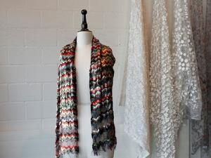 jakob_schlaepfer_accessoire_embroidery_foulard_01
